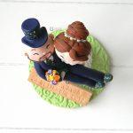 Cake Topper sposi matrimonio, in braccio, personalizzato in fimo
