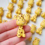 Bomboniere kawaii giraffa, giraffe, animali per nascita bambino - compleanno - comunione - cresima - diciottesimo personalizzate in fimo