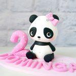 cake topper personalizzato in fimo fatto a mano artigianale, panda pandina kawaii animali, secondo compleanno - nascita - battesimo statuina torta