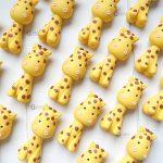 Bomboniere magnete calamita originali kawaii giraffe, animali per nascita bambino - compleanno - comunione - cresima personalizzate in fimo
