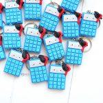 Bomboniere fatte a mano artigianali, calcolatrici con tocco kawaii, personalizzate in fimo, laurea economia aziendale, finanza, matematica