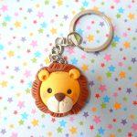 Bomboniere portachiavi fatte a mano artigianali, leone leoncino kawaii, personalizzate in fimo, bambino bambina - nascita - battesimo - comunione - compleanno - personalizzate in fimo